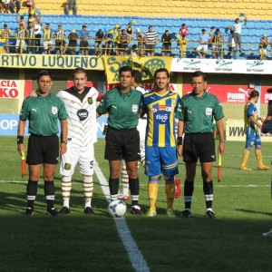 Teams in the last game at Feliciano Caceres - Photo: Prensa Club Sportivo Luqueño