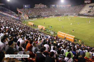 Olimpia fans - Photo: Club Olimpia