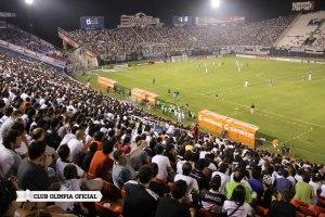 Olimpia fans - Photo: Club Olimpia