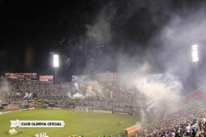 Amazing atmosphere in the Defensores - Photo: Olimpia Oficial