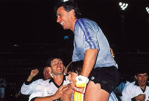 Ever Almeida winning his 2nd title in 1990 - Photo: pasionlibertadores.com