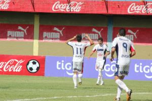Nacional celebrate win against Luque last week - Photo: Prensa Club Nacional