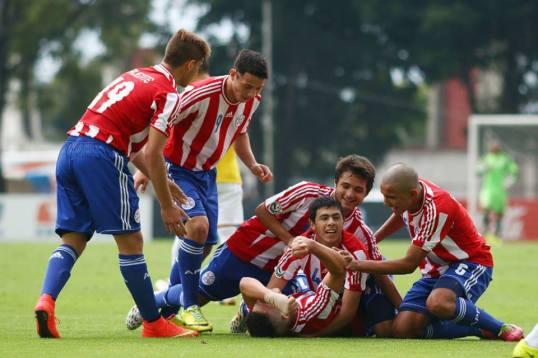Paraguay celebrate their penalty shootout win over Brazil - Photo: Copa Mexico de Naciones